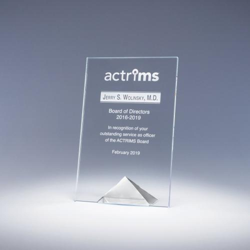 Clear Optical Crystal Paramount Award with Clear Pyramid