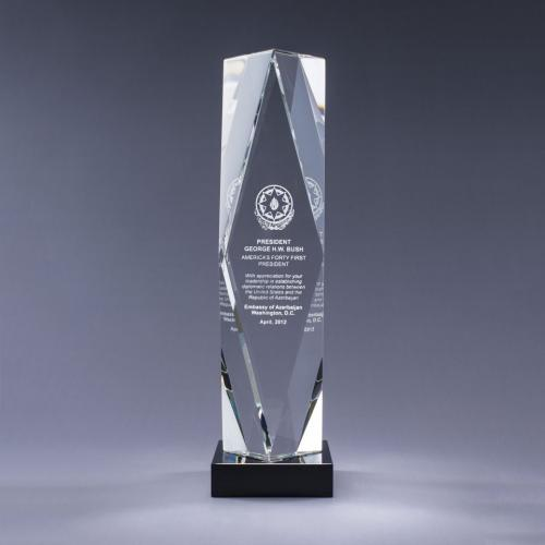 Optical Crystal Obelisk Prizma Award on Black Base