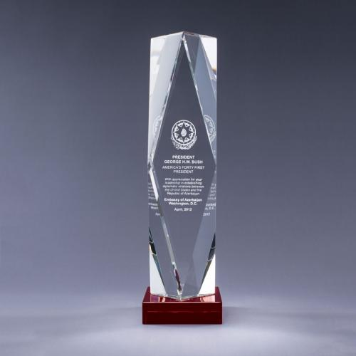 Optical Crystal Obelisk Prizma Award on Red Base