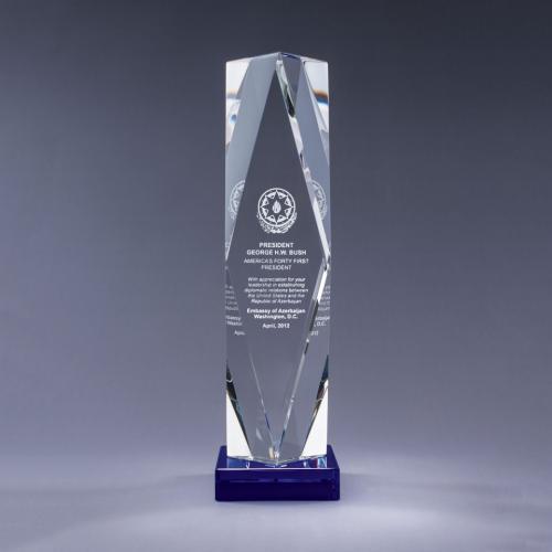Optical Crystal Obelisk Prizma Award on Blue Base